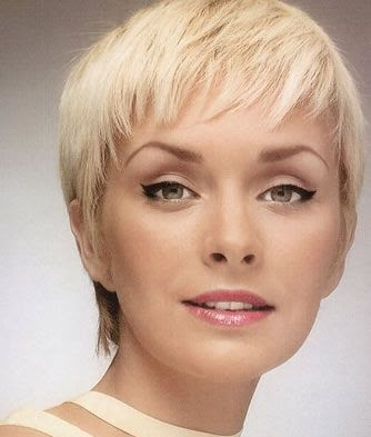 revo hairstyler. Short Pixie Hairstyle