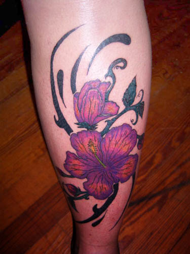 The hawaiian flower tattoo designs is a form of tribal
