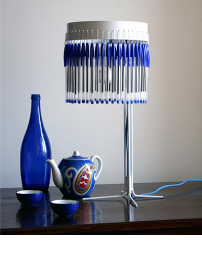 Bellissime queste lampade eco-chic relizzate con materiale riciclato ...