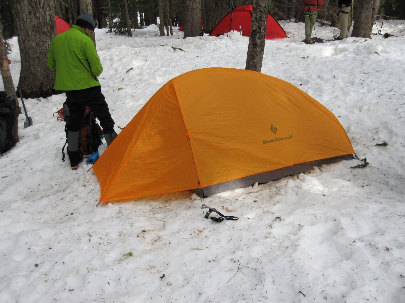 A tent in the snow without additional snow piled-up to prevent melt-out & American Alpine Institute - Climbing Blog: Tent Melt-Out