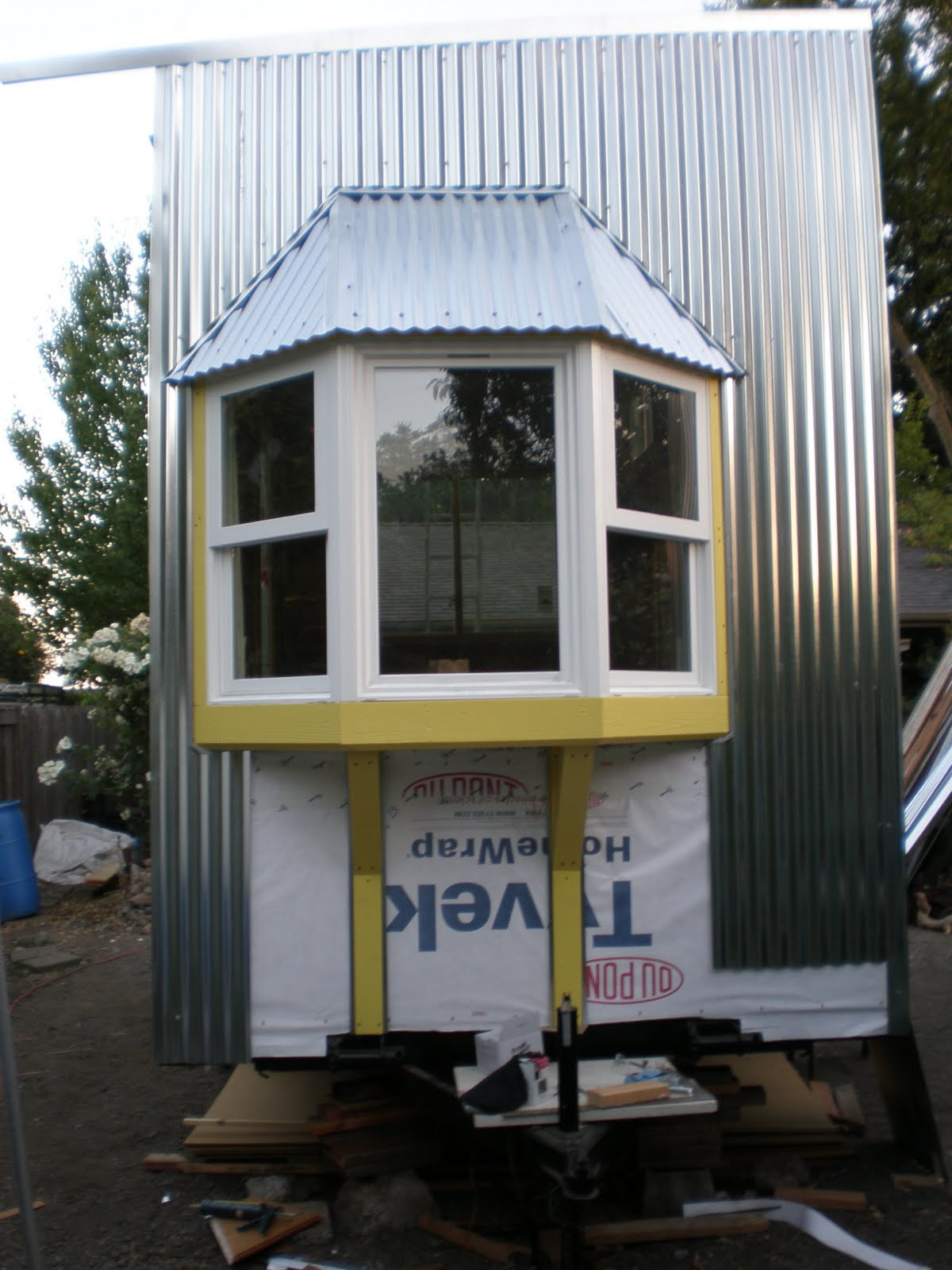 Forge ahead building productions for Bay window construction details