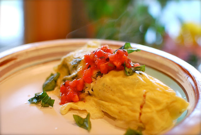 How to Make Perfect, Fluffy Omelets for a Crowd (and all eat at the same time)