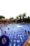 Kolam Renang Fun & Game hobihobi