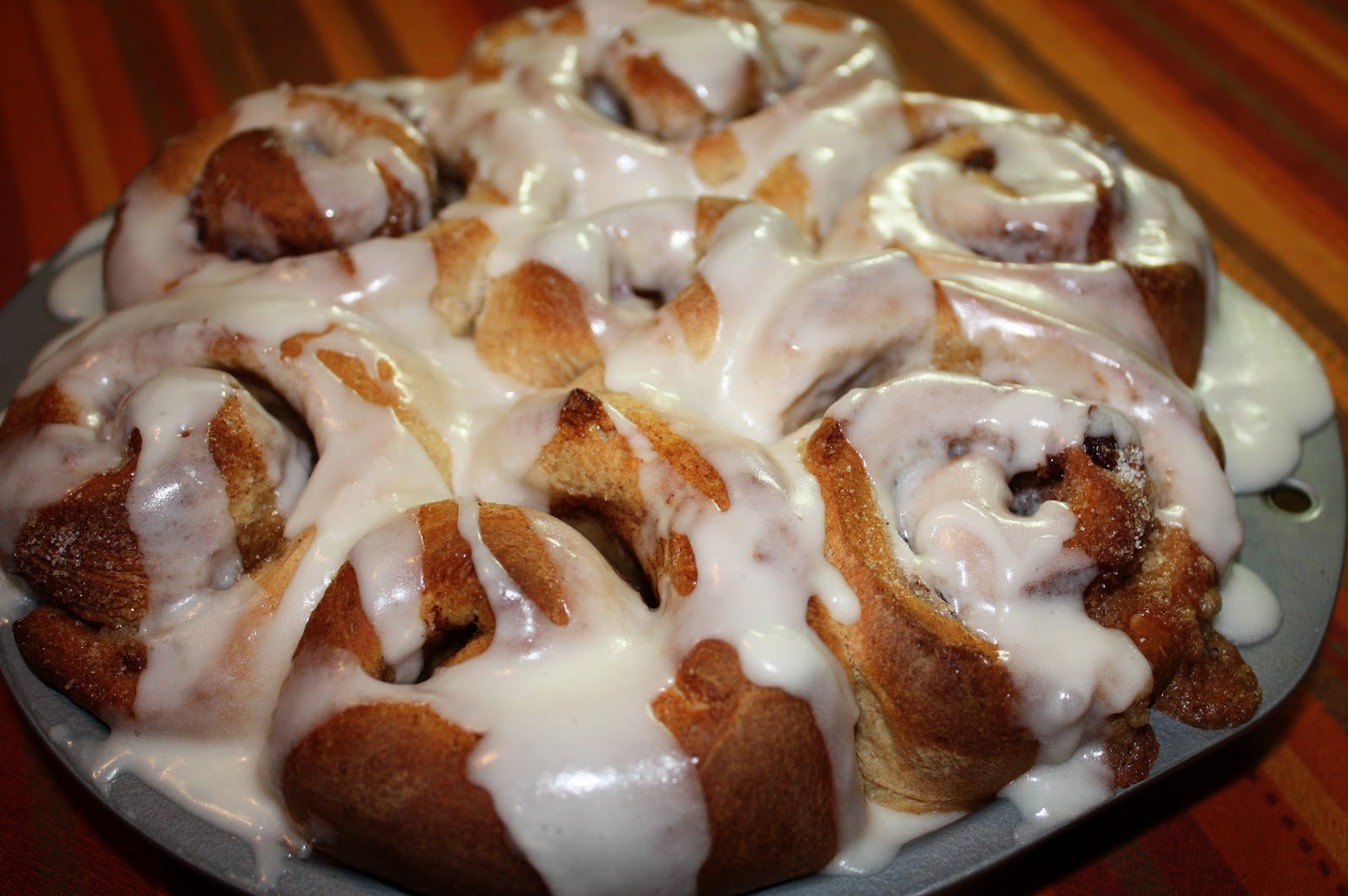 Everyday Art: Cinnamon Rolls