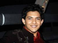 Aditya Narayan croons four songs for Shaapit