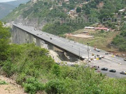 Viaducto 1 Caracas - La Guaira