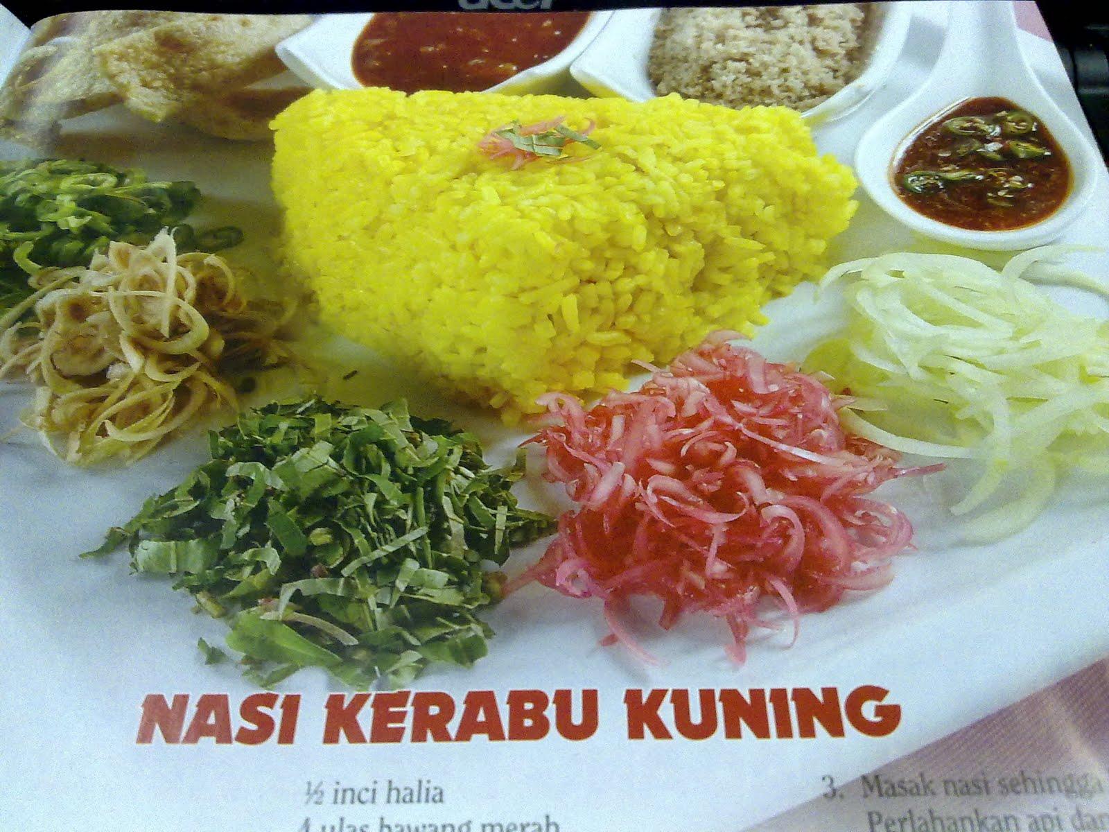Nasi Dagang Kelantan berasnya merah