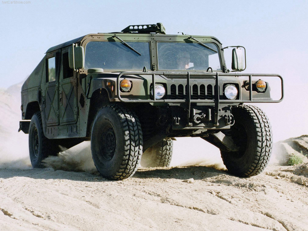 Obtención de una Humvee Hummer-Humvee_Military_Vehicle_2003_1024x768_wallpaper_01