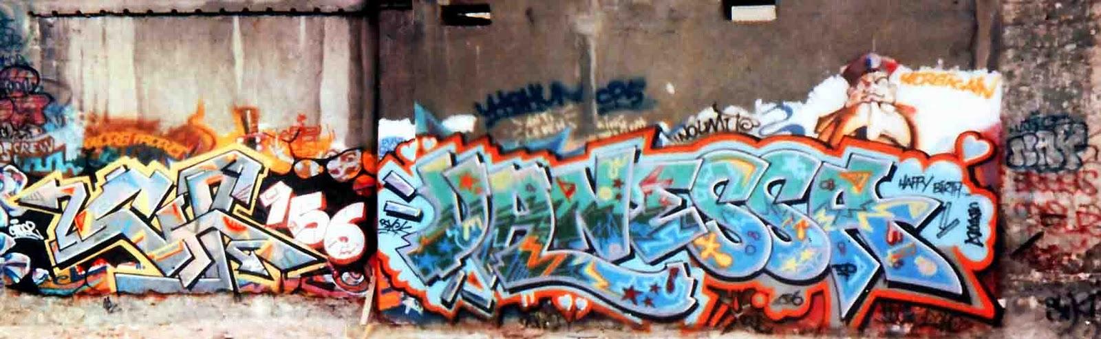 054-graffiti-girljpg