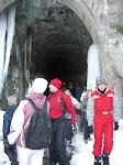 ...visiter les grottes !!