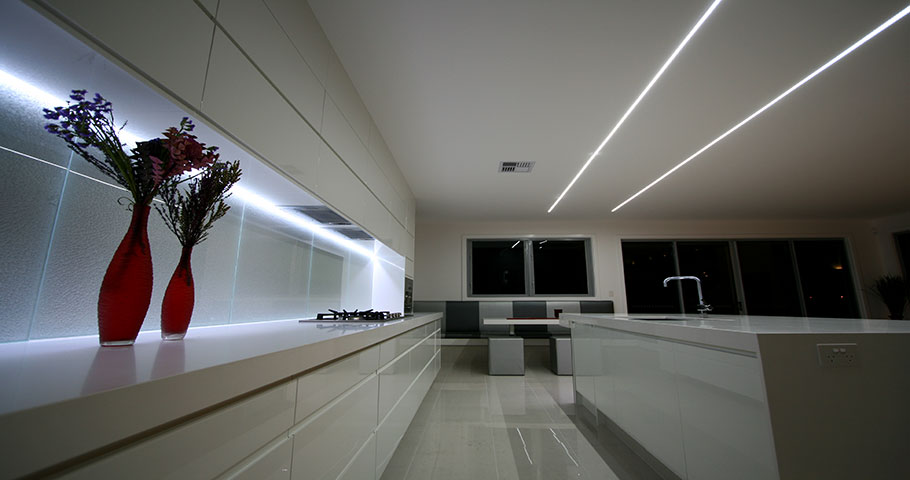 led strip lighting tape ideas html with Keukenverlichting Kitchen Lights on Interior Sliding Doors additionally Double Blaze 12v Led Tape Light further Power Plug Unit With Remote For 230v Rgb 5050 Tape in addition Wiring as well Wiring.