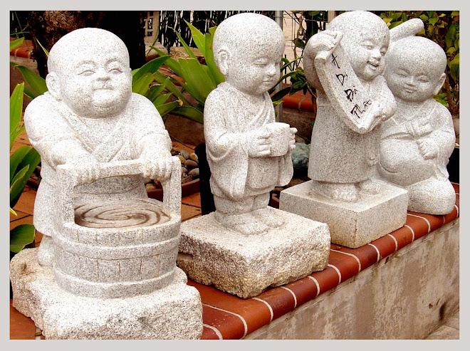 Pagoda 4