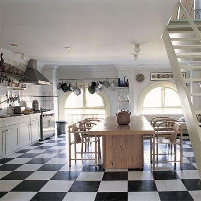 Studiobon black and white kitchen via Deisgn Sponge