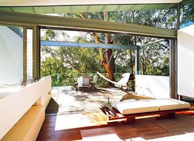 Modern House Design Outdoor Living Area