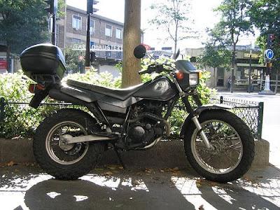 Yamaha TW 125, Yamaha, motorcycle