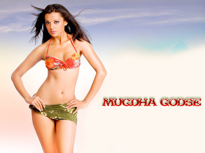 bikinis wallpapers. Model Mugdha godse hot and sexy bikini wallpapers.