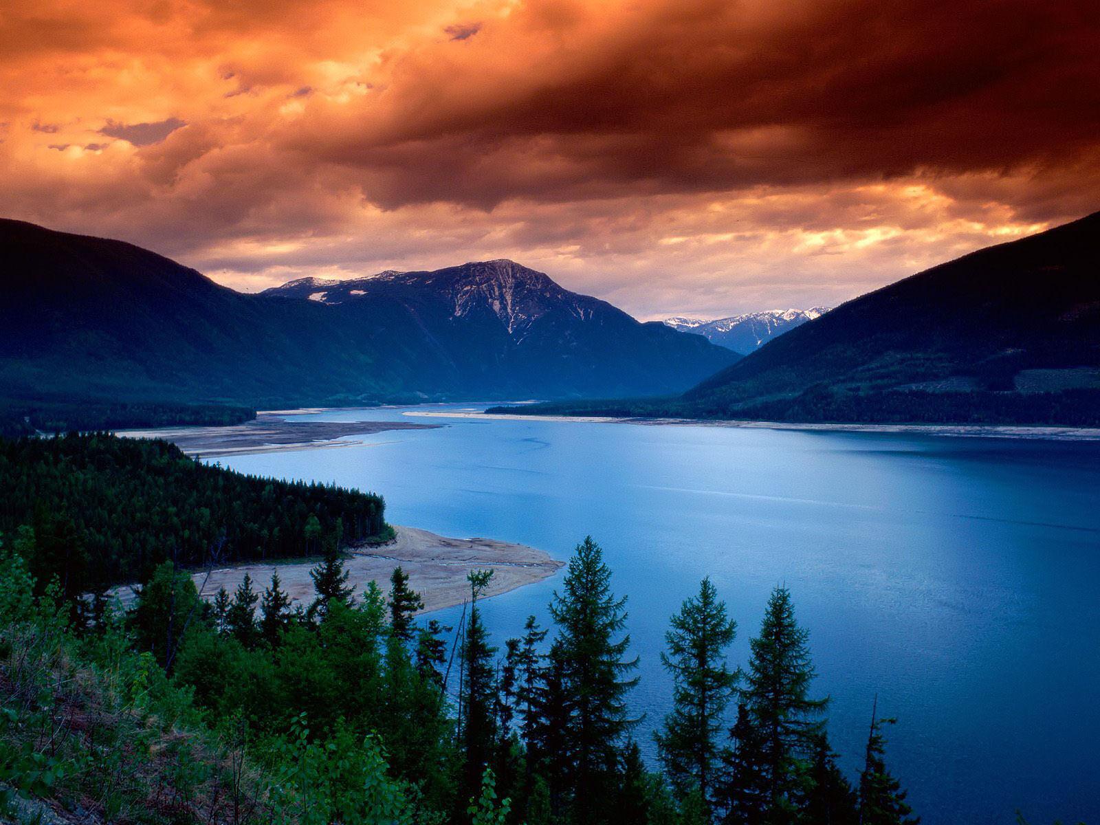 http://1.bp.blogspot.com/_euRtaEmNtFo/TFaqXMUU_UI/AAAAAAAAA8E/soeTXFttm0o/s1600/HD+Nature+Wallpaper.jpg