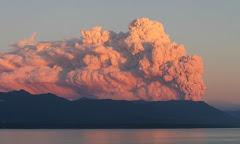 La nube se desplaza hacia Futaleufù