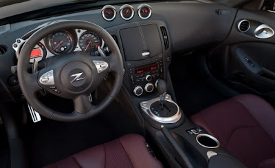 2010 Nissan 370Z Touring Roadster Dashboard