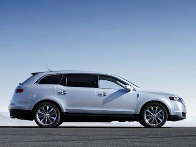 Luxury 2010 Lincoln MKT Wallpapers