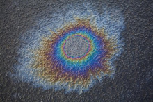 Asphalt oil slick