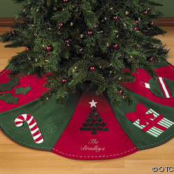 magnolias marriage and manhattan the preppy christmas tree skirt. Black Bedroom Furniture Sets. Home Design Ideas