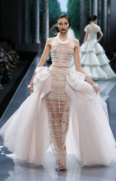 Couture doll shop fantasy fashion what is it and is it for Haute couture shopping