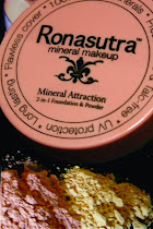 RONASUTRA  2 in 1-Foundation &amp; Powder