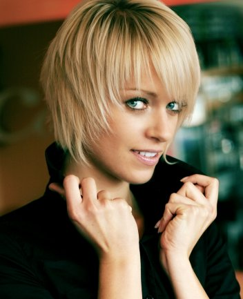 cut short hairstyles. A short cute hairstyle can
