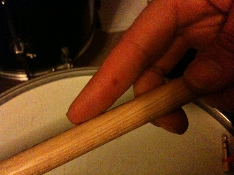 [Drum+ouch]