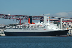 QE2 in Lisbon 15 May 2007