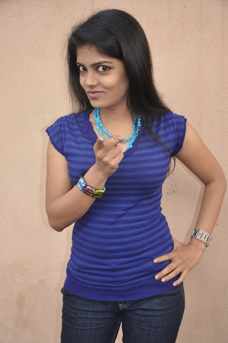 mallu janavi shoot photo gallery