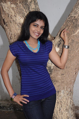 mallu janavi shoot actress pics