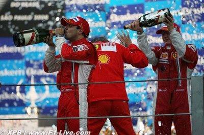 ...aunque el título de constructores se va a Italia
