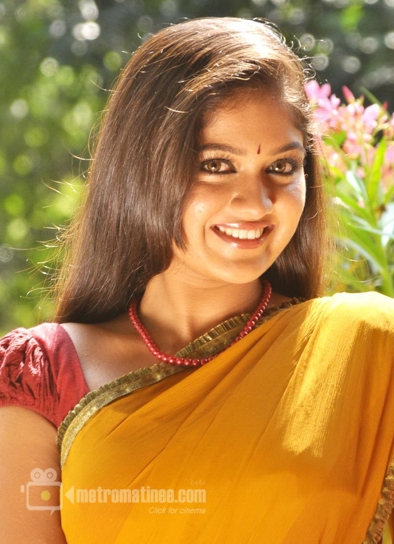 Meghna Hot Stills in Saree - Yakshiyum Njanum Actress