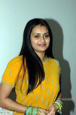 Telugu actress kaveri