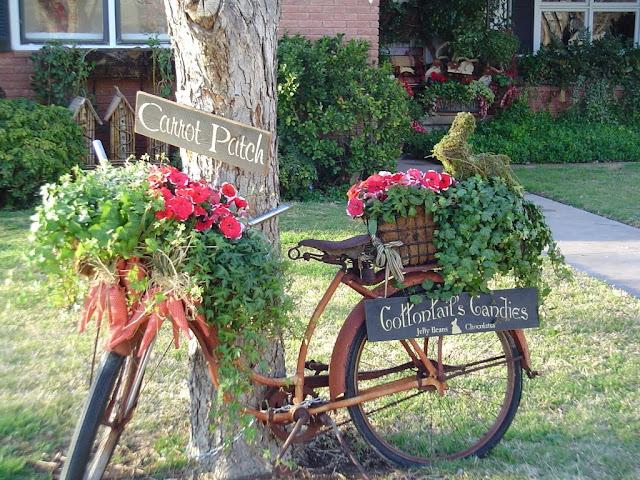 Decorar con bicicletas antiguas. Decoración vintage. Consejos e inspiración.
