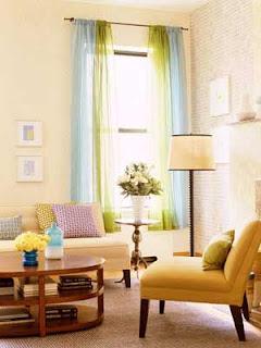 Colores para decorar cortinas para salones en funci n del for Cortinas azules para salon