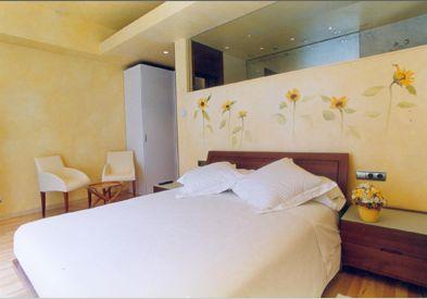 Colores para decorar como combinar una pared amarilla - Combinar colores paredes dormitorio ...