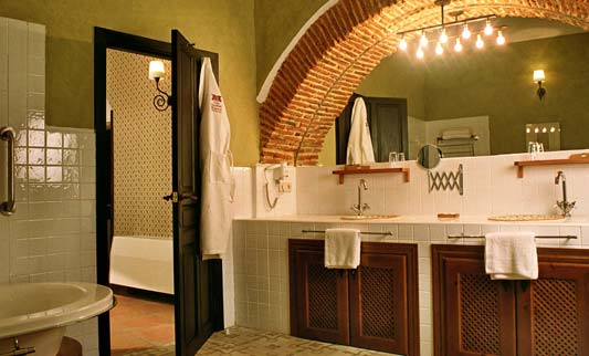 Baños Verde Con Beige:Colores para Decorar: Con que colores combina la pared verde en baños