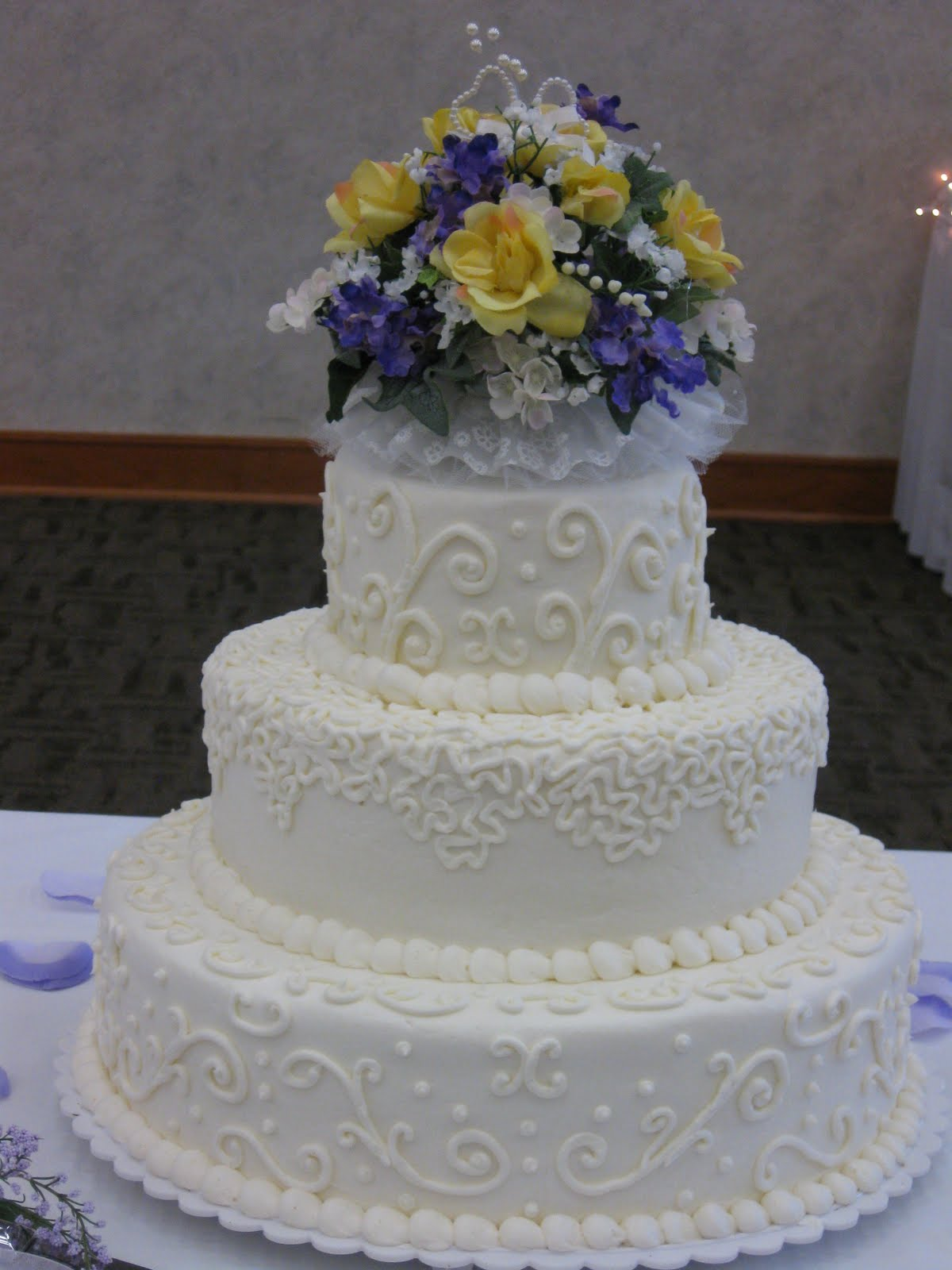 Wedding Anniversary Cakes - Tyler Living