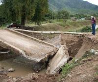 Puente que conduce hacia Agalteca