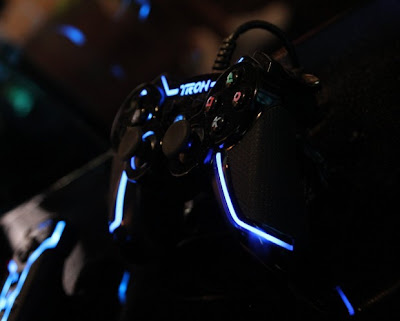 TRON-Inspired Xbox 360, PS3, and Wii Controllers