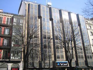 Fotos de arquitectura edificio de oficinas granada for Oficinas granada