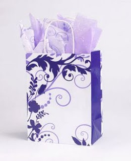 Gorgeous white and purple swirl design gift bag