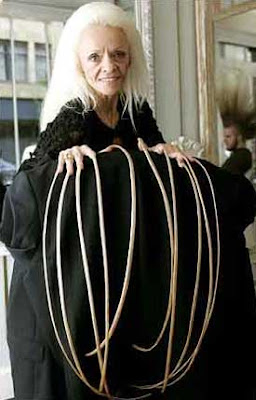 Lee Redmon, the Owner of the World's Longest Fingernails