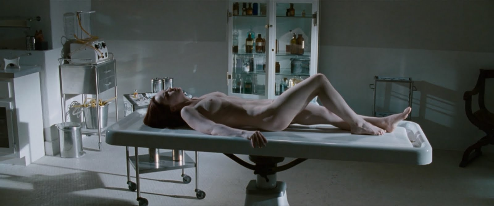 JT.ChristinaRicci.AfterLifeHD.avi snapshot 02.18 %255B2010.08.09 20.05.19%255D I'm not asking what's happened to Christina Ricci because I want to find ...