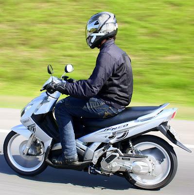 Moto neo 2010