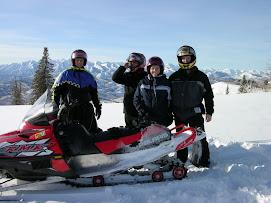 John,Jason,Wendy,Gary snow mobiling