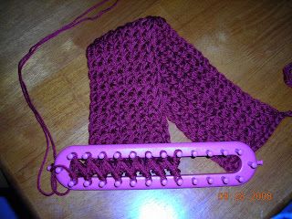 Scarf Patterns On Knitting Loom : Rad Linc Crafts: Simple Knitting Loom Scarf